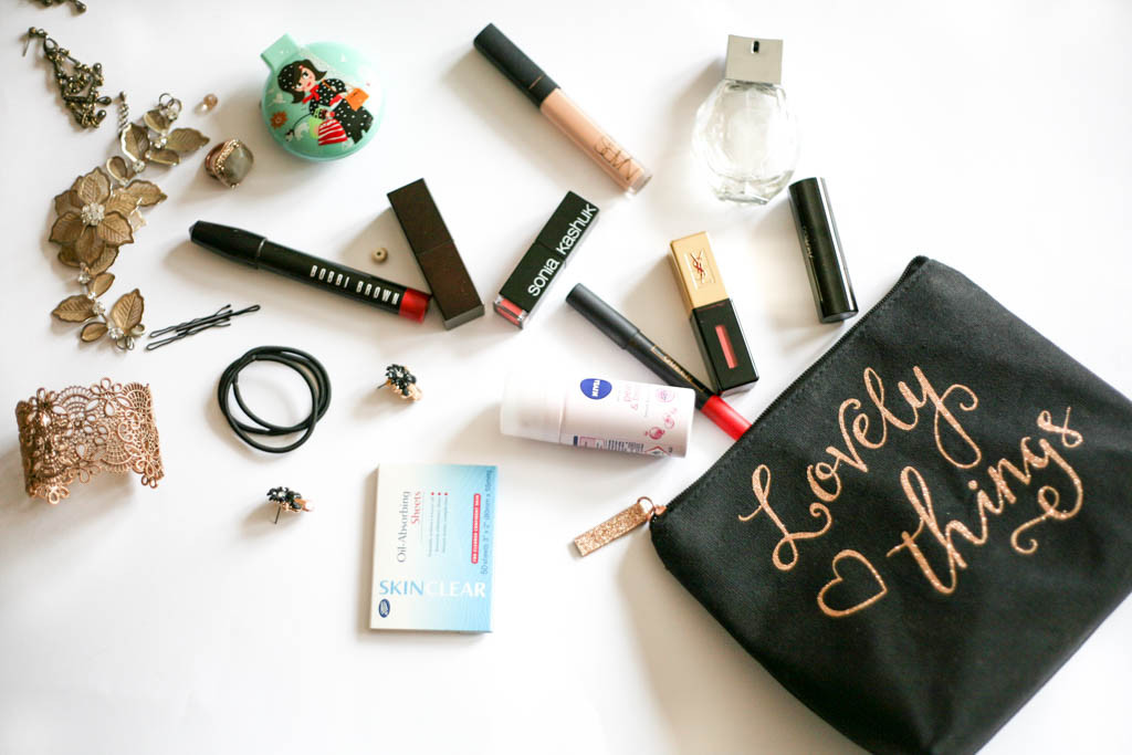 whats in my makeup bag profile 7