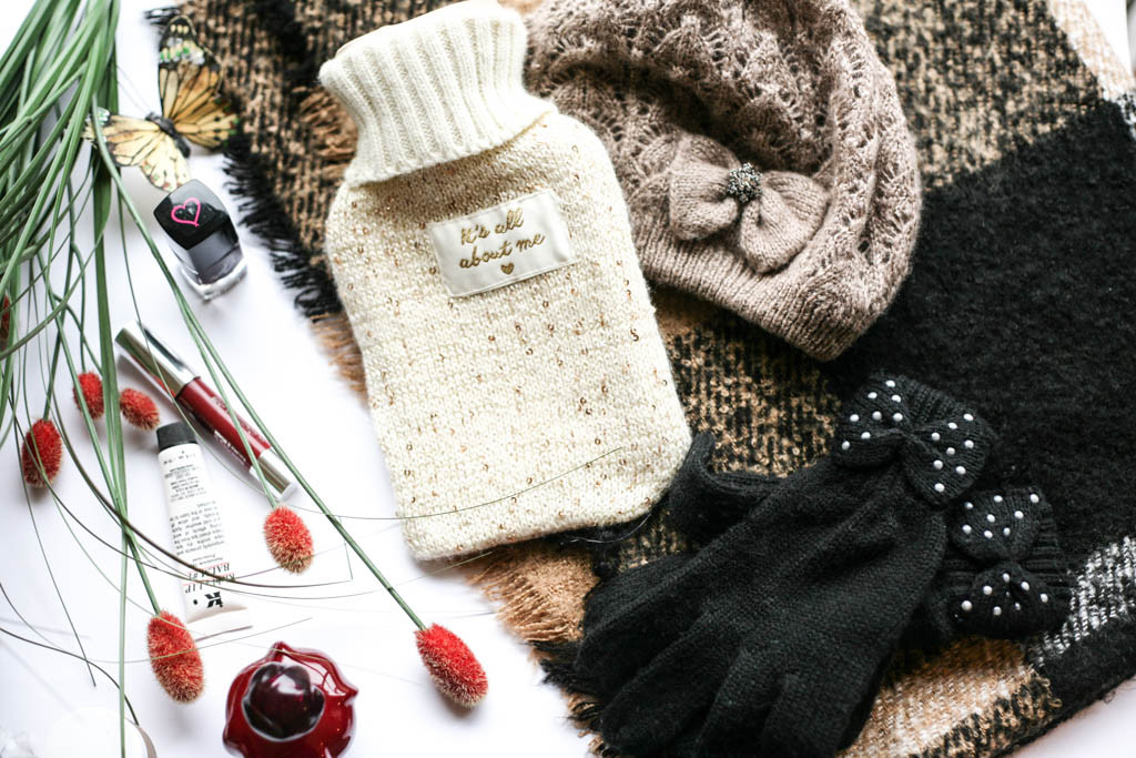 winter essentials accessories