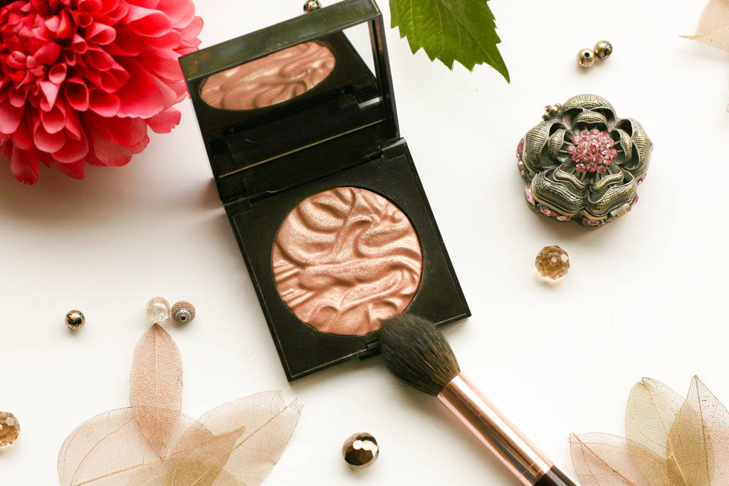 Laura Mercier Face Illuminator 2011 3