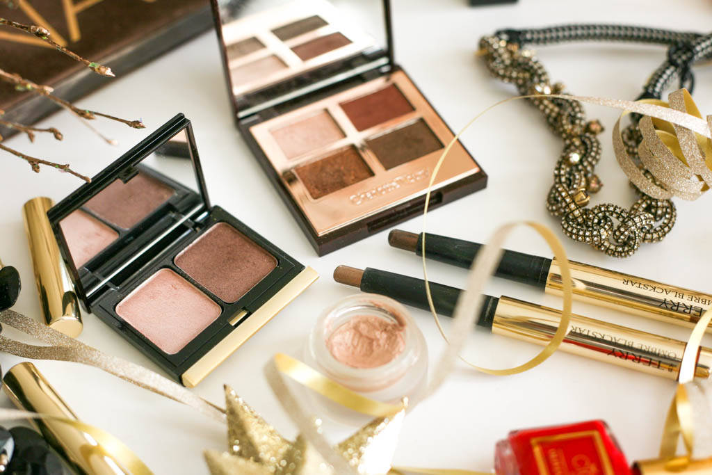 Festive makeup essentials profile 1112 3