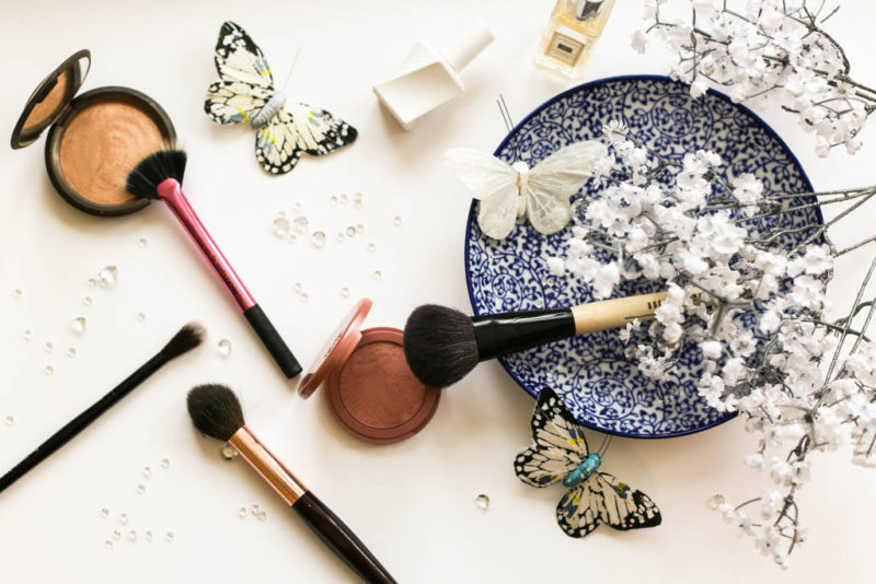 The Makeup Brush Edit: Blusher, Highlighter & Contour