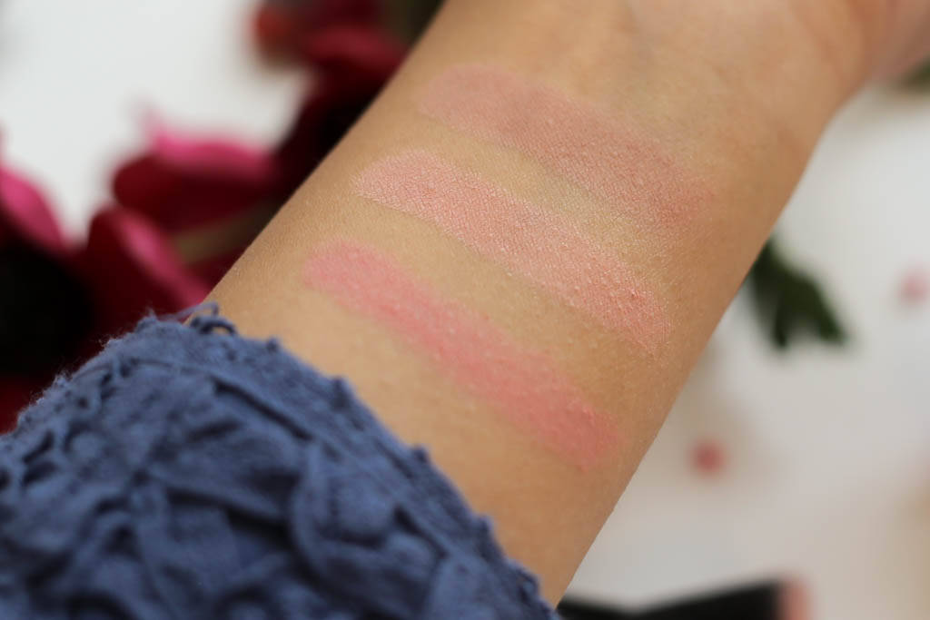 Swatches of the Hourglass Ambient Lighting Blush Palette
