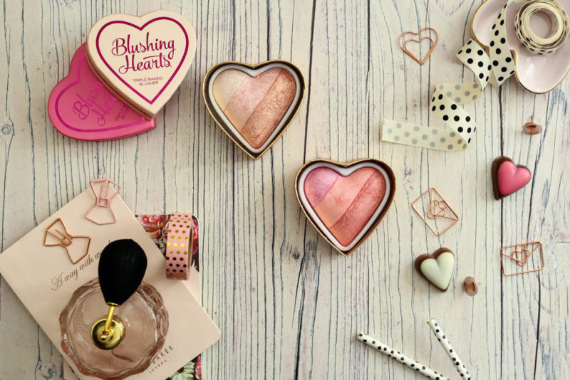 Sunday Catch-Up & I Heart Blushing Hearts