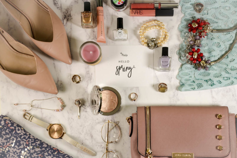My Fave Flatlay styles | Hello spring neatly laid flatlay
