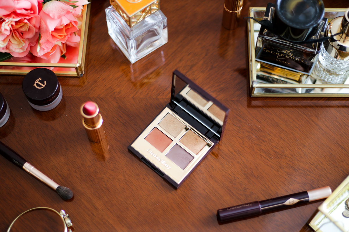 Charlotte Tilbury Bigger Brighter Eyes in Transform Eyes Review & Swatches | feat on wooden dressing table with perfume tray & flowers _