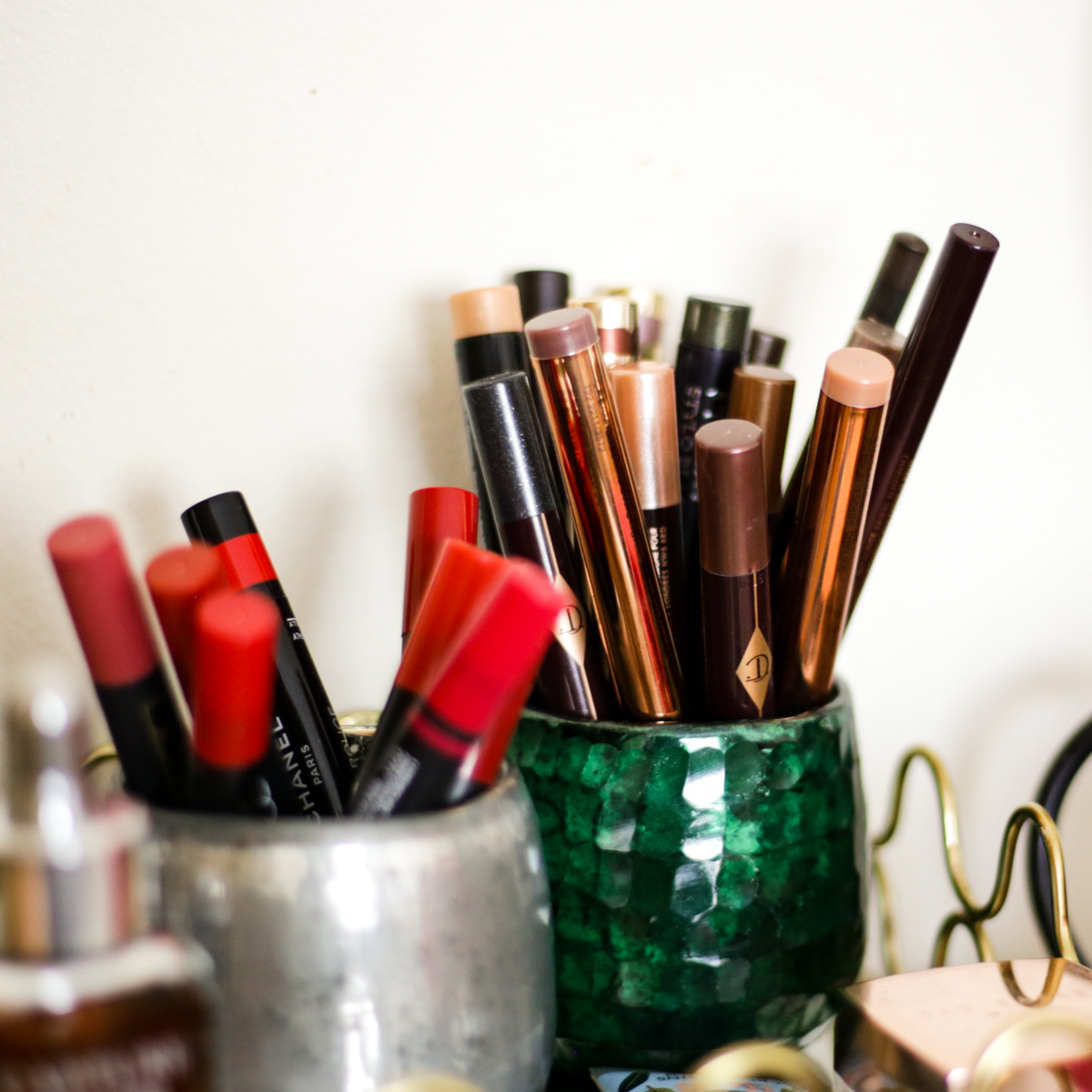 What's Currently On My Dressing Table | feat lips crayons and cream eyeshadow sticks_