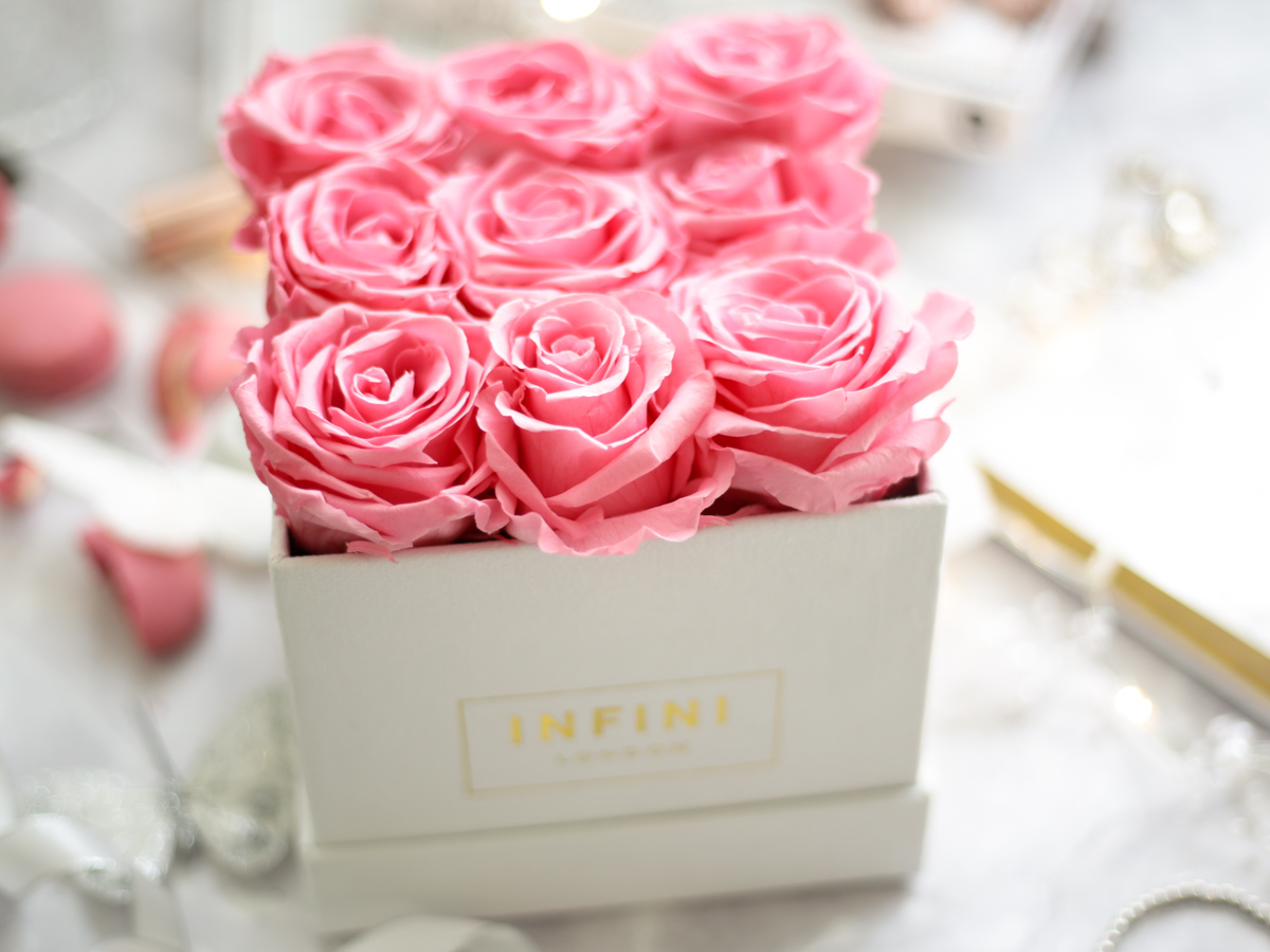 Blog Photography | Four Photo Styling Props I Love feat Infini Roses - pink roses in white square box