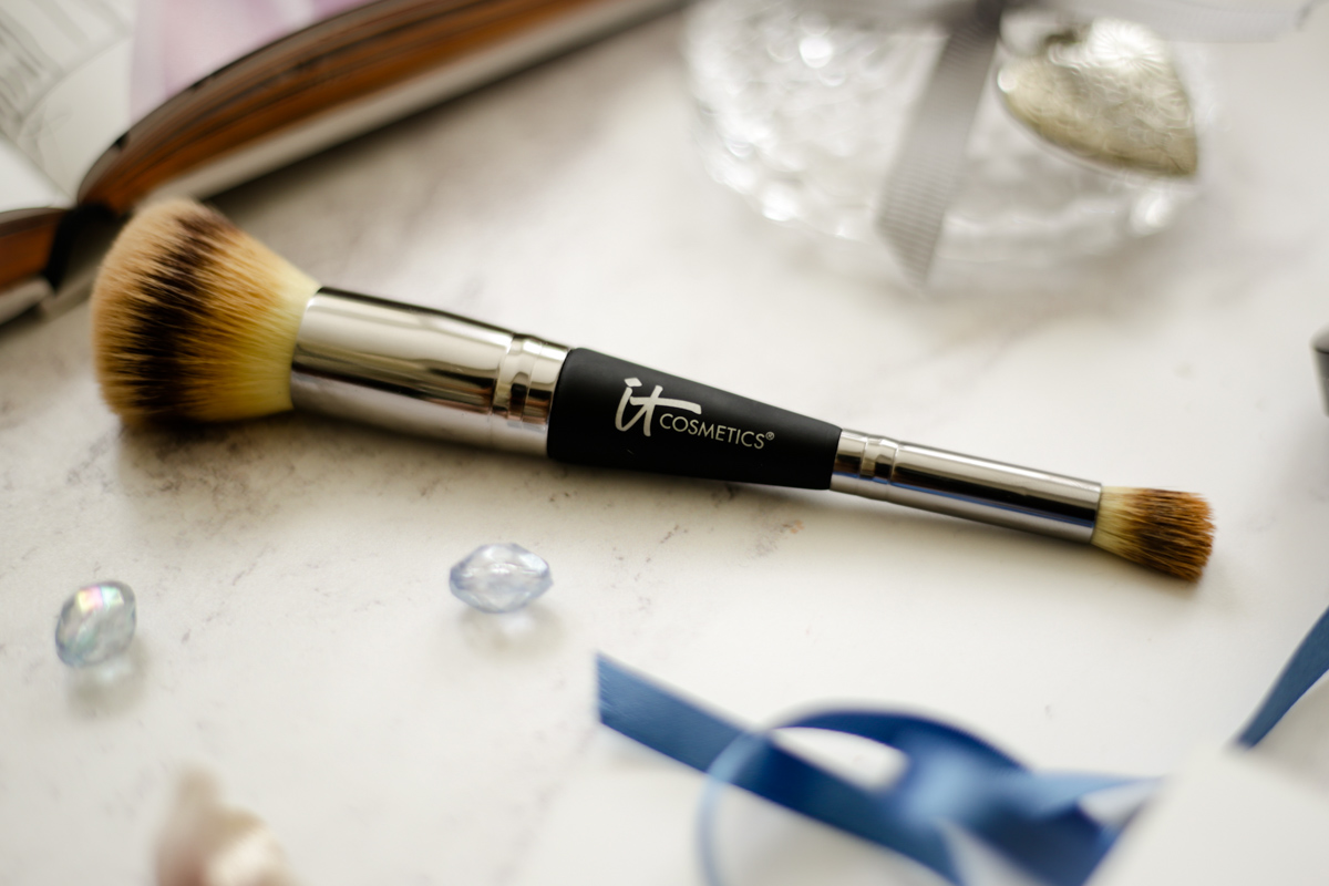 Ticking Off Some Items From My Wishlist | IT Cosmetics Complexion Perfection Brush